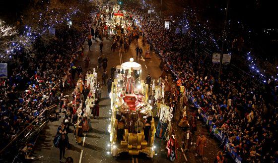 """Il Carillon Vivente chiude il tour di Natale a Madrid con """"La Cabalgata de Reyes Magos"""": l'evento internazionale più popolare della Spagna!"""